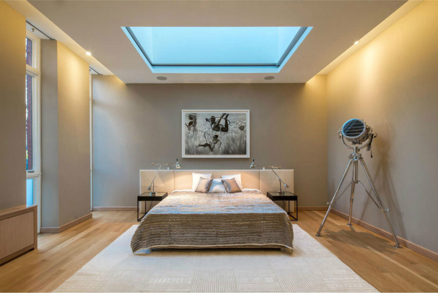 Bedroom in penthouse in Soho