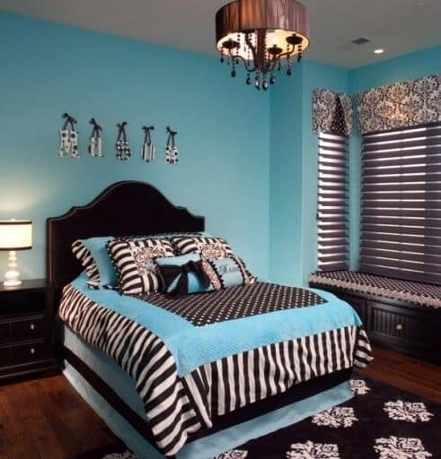 Blue and brown bedroom patterns