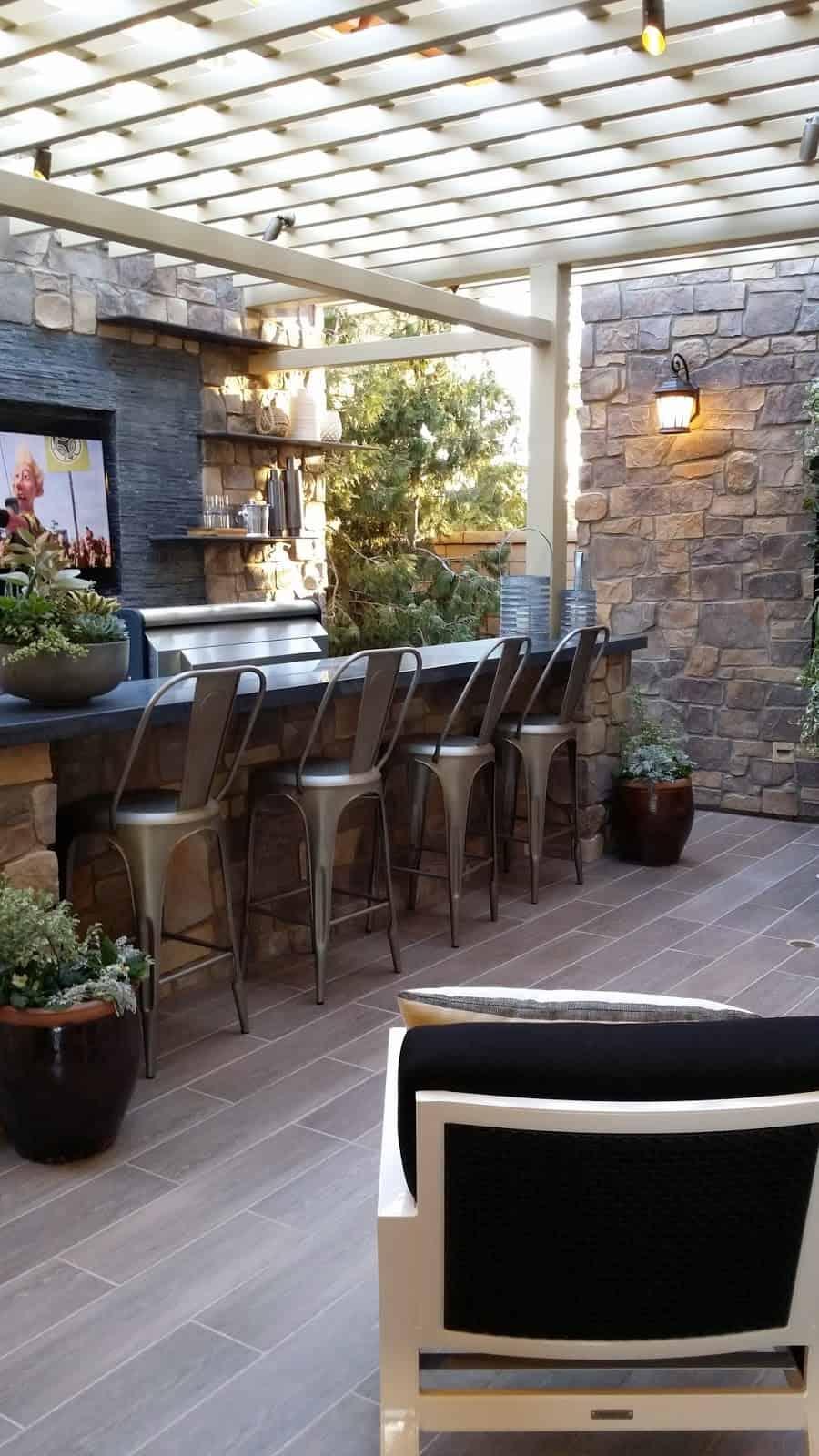 Courtyard outdoor bar