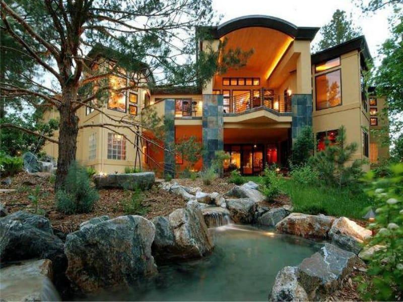Elvis Dumervil's house in Castle Rock