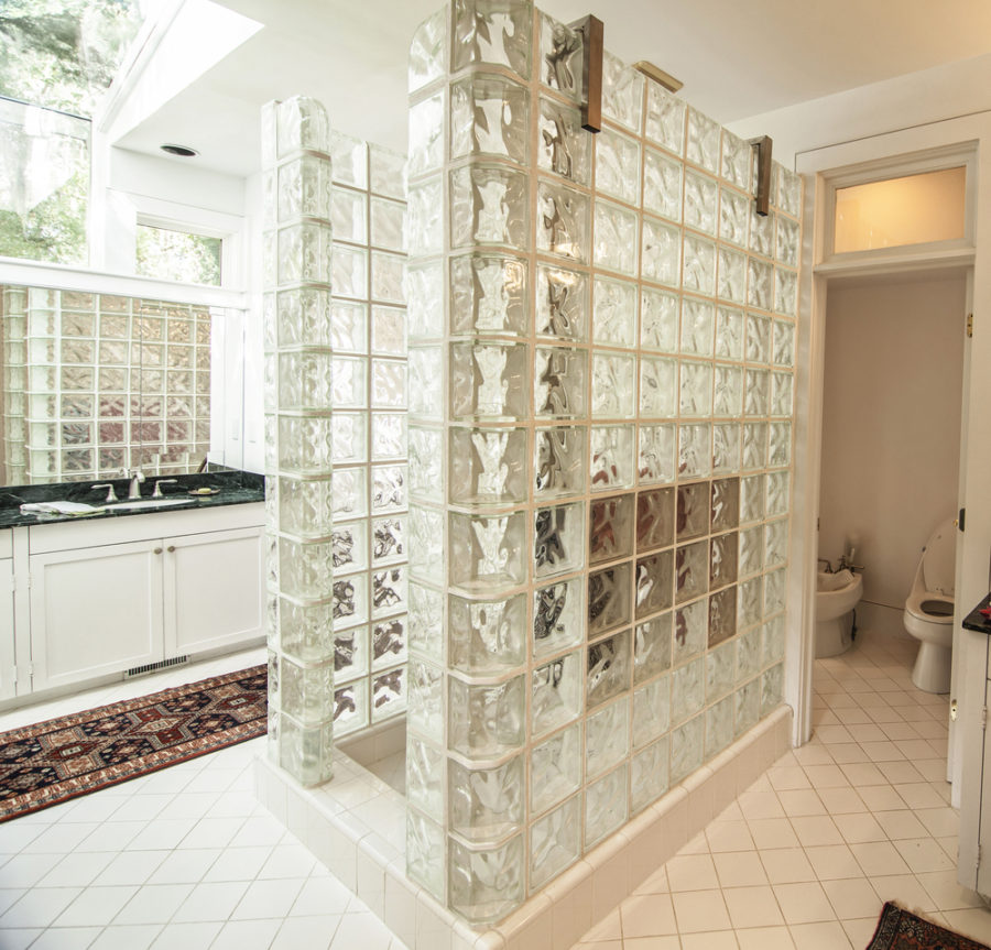 Shower tile designs for each and every taste for Glass tile bathroom designs