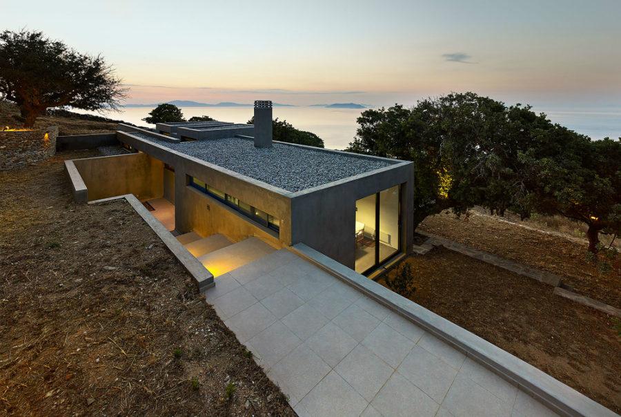 House in Kea by Marina Stassinopoulos + Konstantios Daskalakis