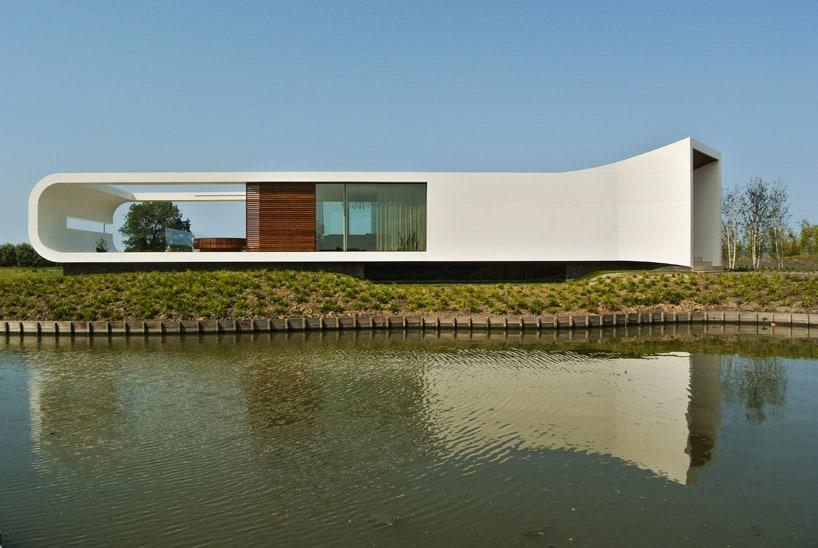 Koen Olthuis Villa by Waterstudio