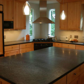 Slate Countertops Are A Somewhat New Trend Right Now, But Are They Any Good?