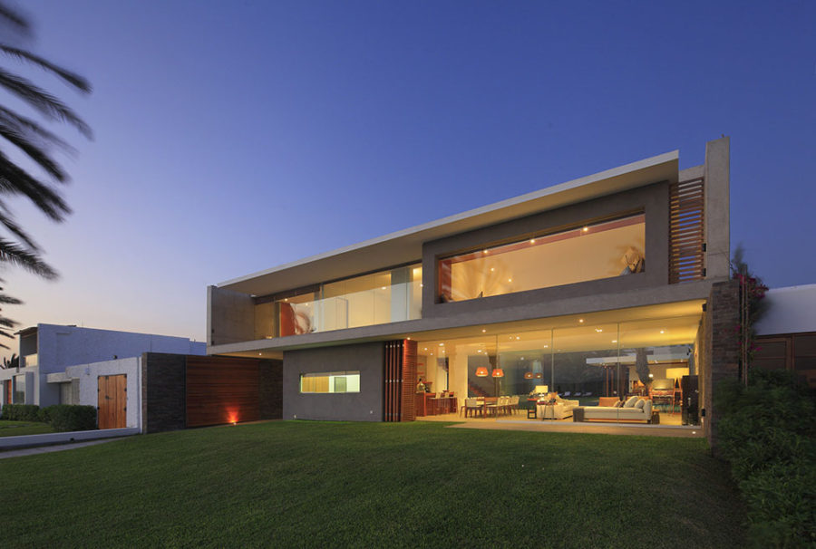 View in gallery modern mansion in peru