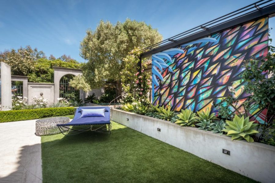 Modern garden feature wall