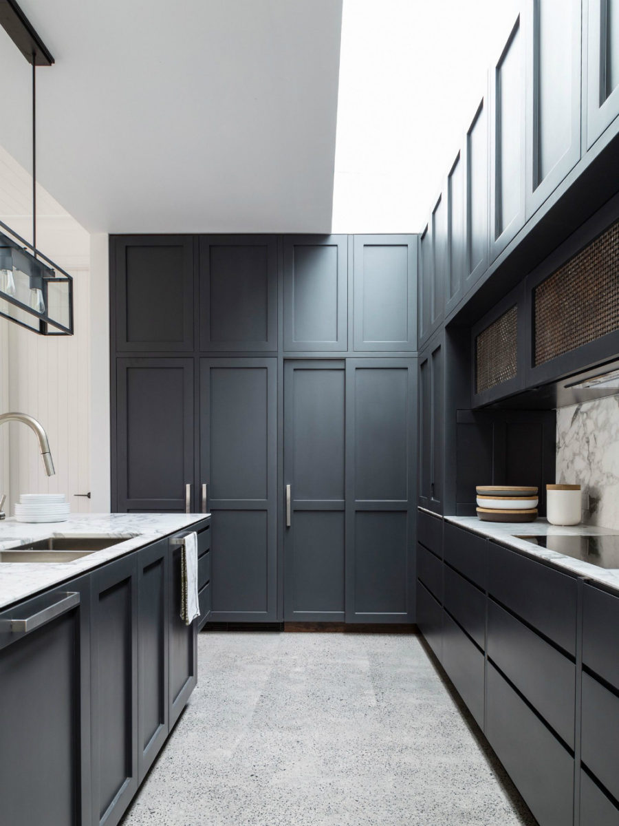 Contemporary kitchen cabinets that redefine modern cook room for Black contemporary kitchen