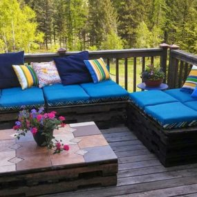 Pallet Furniture 285x285 Outdoor Summer Decor: Beautifying Your Space