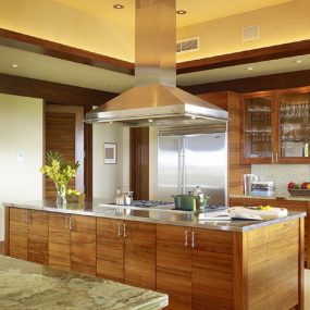Pecan Cabinets with golden walls and olive marble 285x285 Whats Cooking: Kitchen Colors