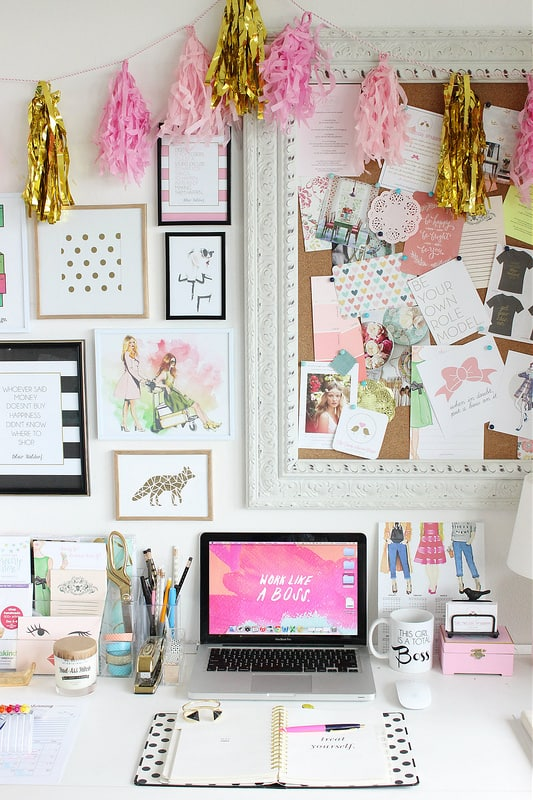 Pink Screen Workspace