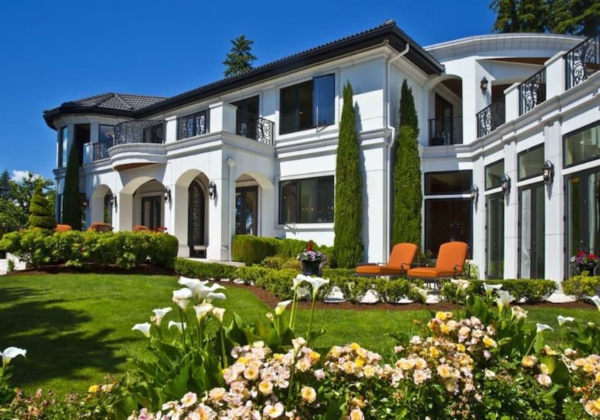 Russell Wilson's mansion in Bellevue's Meydenbauer Bay