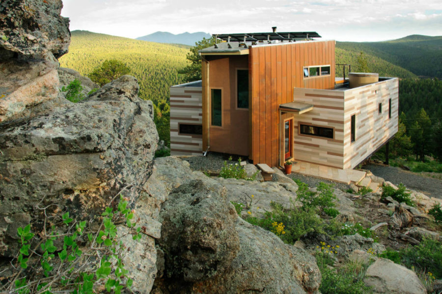 Shipping Container House by Studio HT