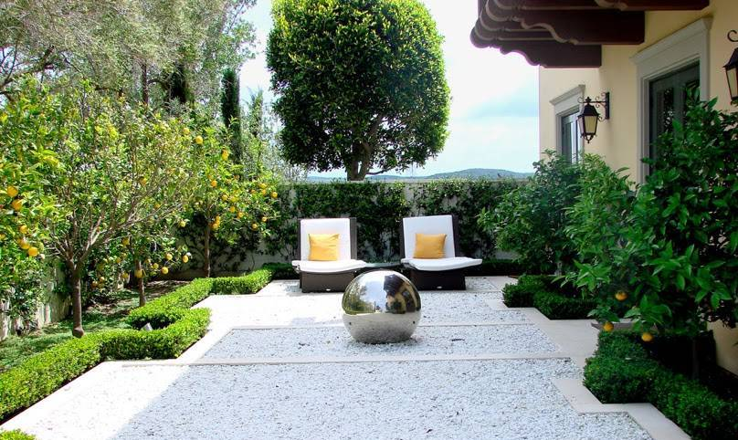 View In Gallery Small Fruit Tree Garden