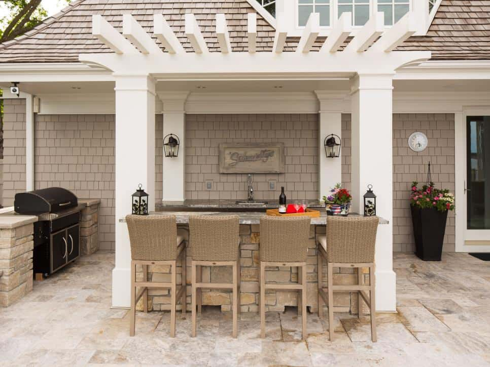 Southview Design Outdoor Kitchen