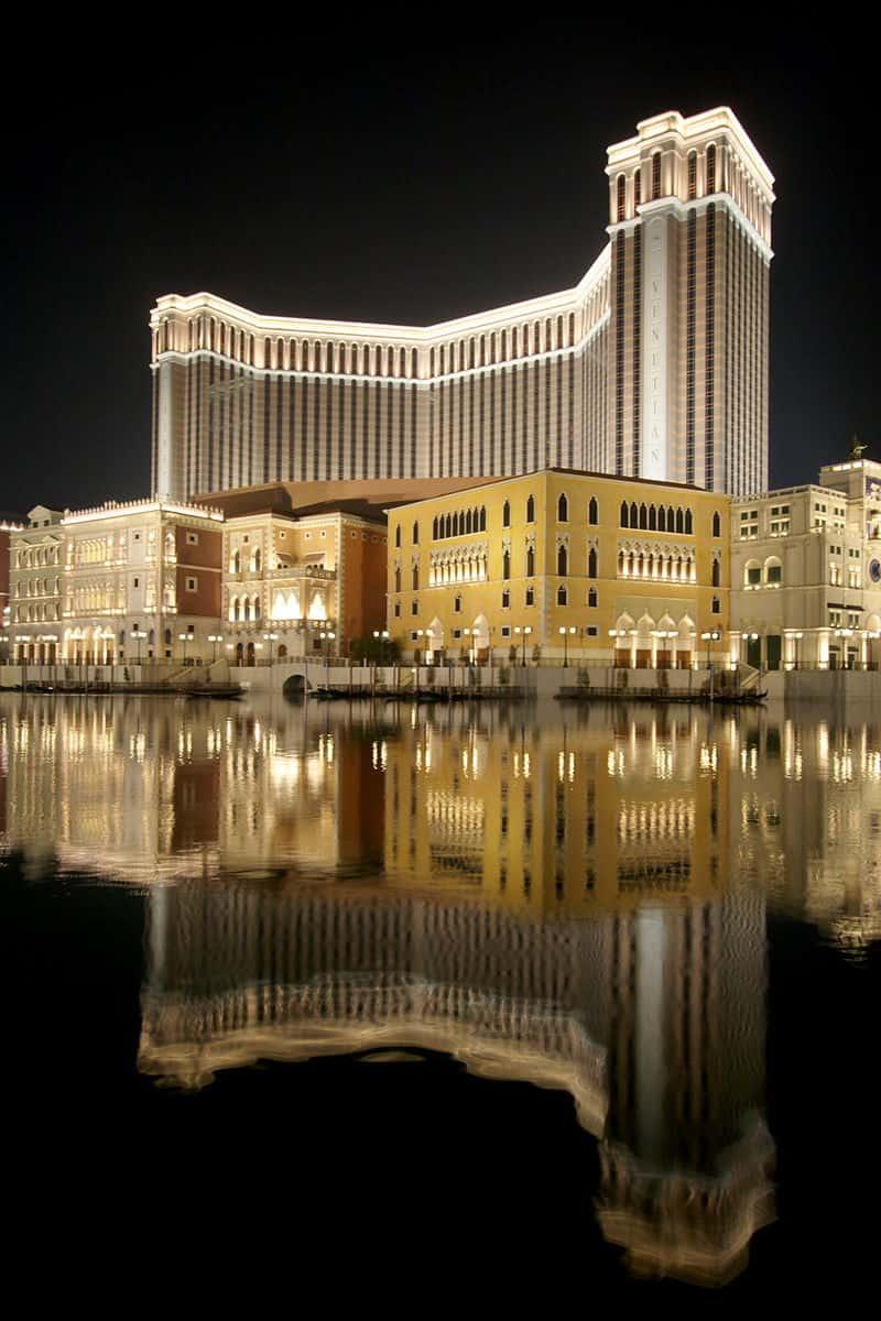 The biggest casino in las vegas atlanta casino gambling online