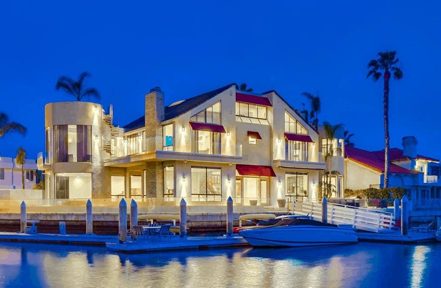Waterfront mansion at 4 Buccaneer Way, Coronado, CA