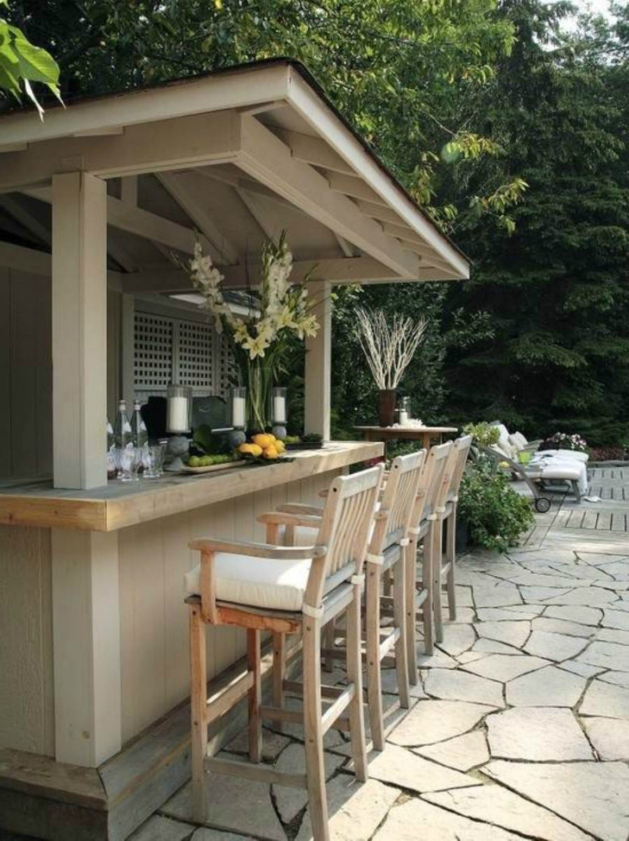 23 creative outdoor wet bar design ideas for Wood outdoor bar ideas