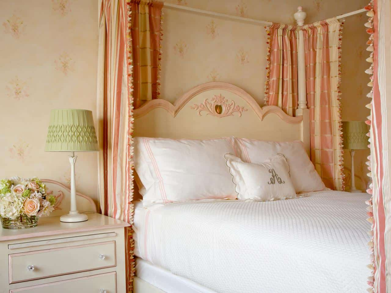 peach and cream bedroom