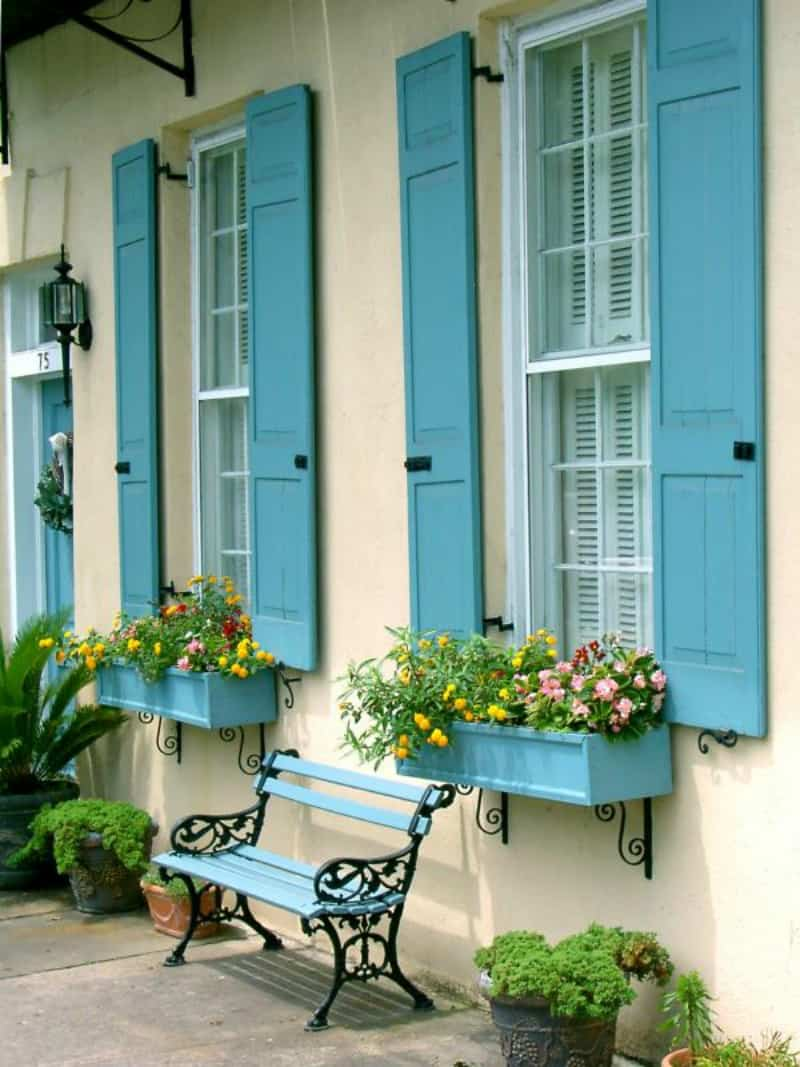 robin egg blue shutters