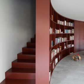 Concealed Staircase Bookshelf Entrance