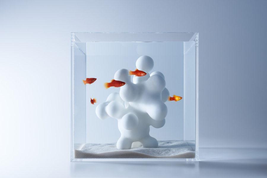 A sculptural fish tank by Haruka Misawa