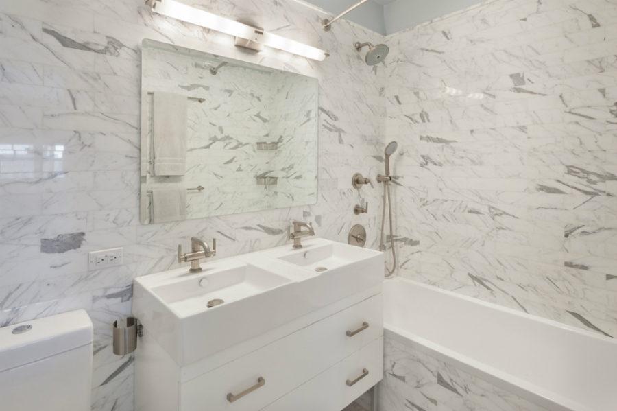 Alexis Bledel penthouse bath