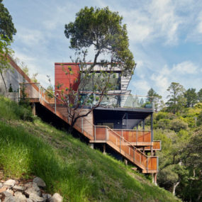 Sustainable Tamalpais Residence in Mill Valley, California