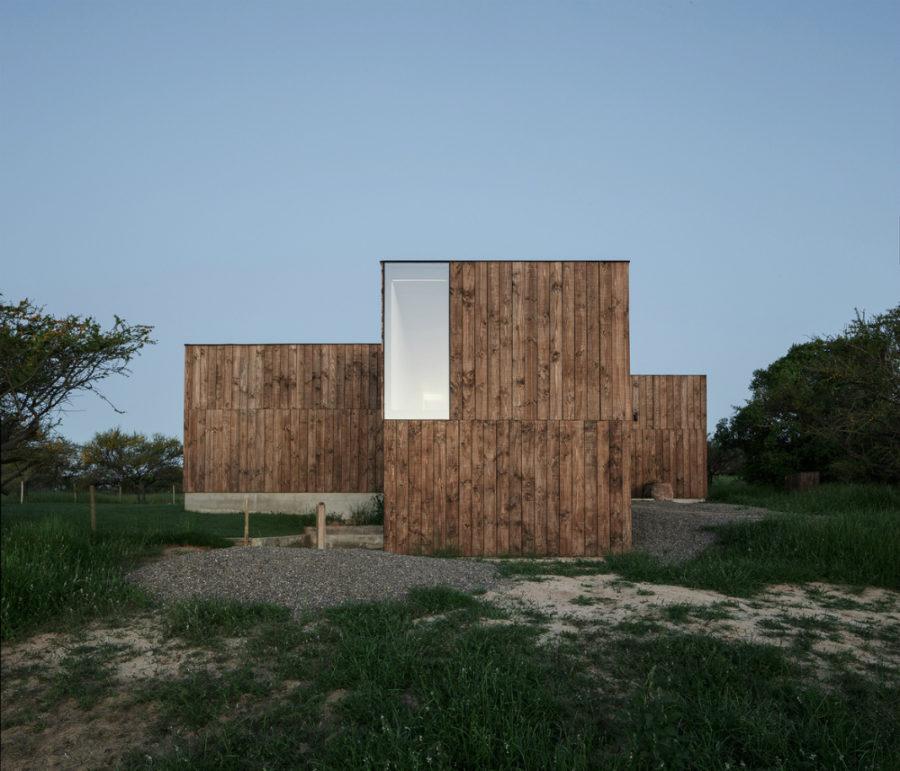 CML House by Ricardo Torrejón + Arturo Chadwick
