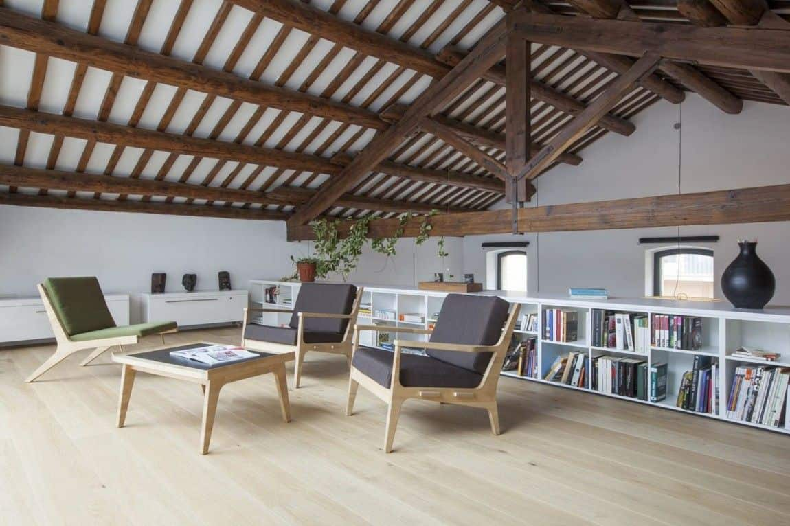 Casa OV warehouse conversion, Spain