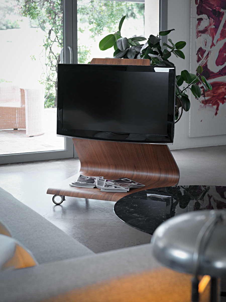 Cobra TV stand by Horm