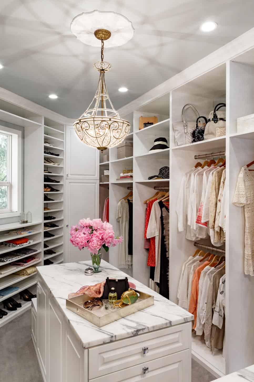 Customized closet by Mosaik Design & Remodeling