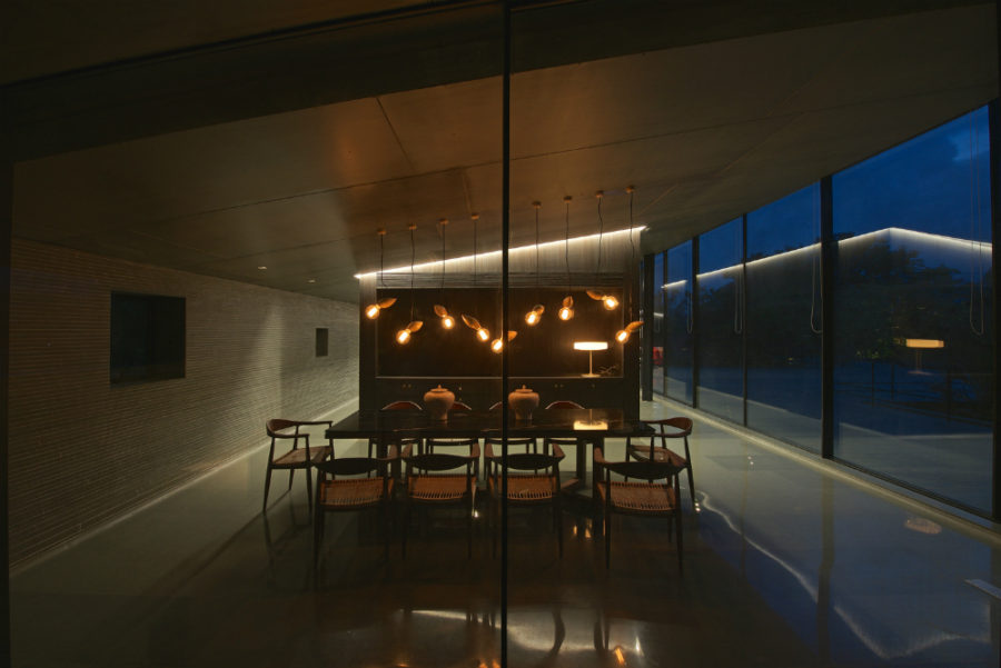 Firefly lights are a gorgeous dining room lighting option