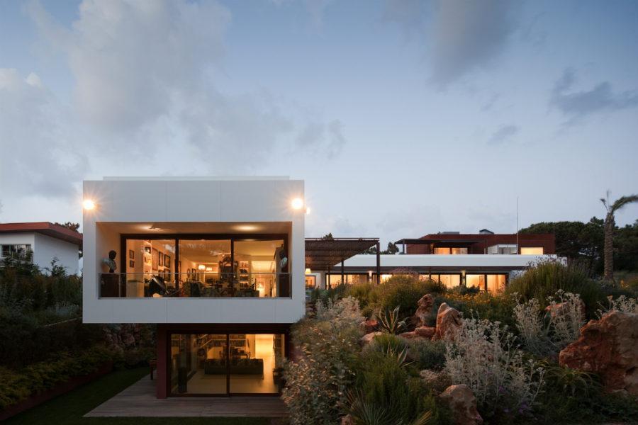 House Quinta Da Marinha by Fragmentos de Arquitectura