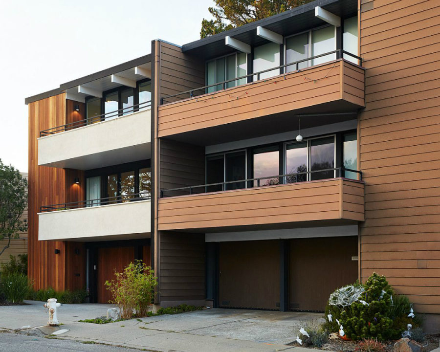 Interesting contrast between a remodeled Eichler unit and an original neighboring one