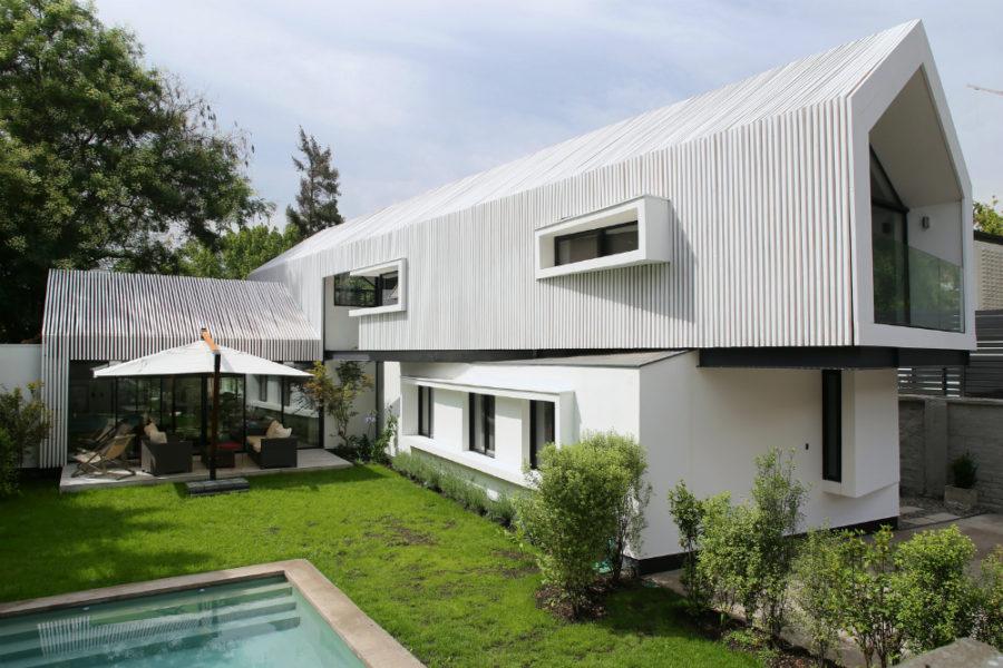Lo Contador House by GNP Arquitectos