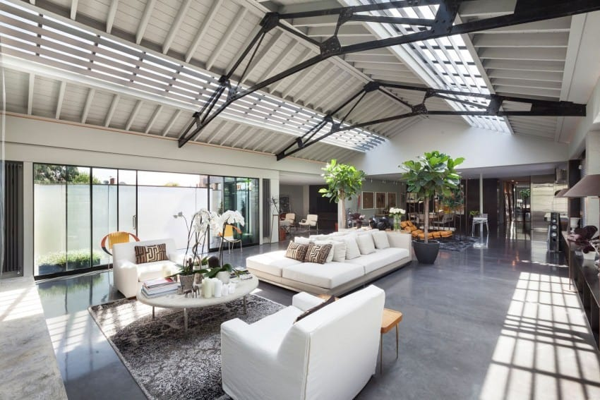 London warehouse conversion by Gumuchdjian Architects