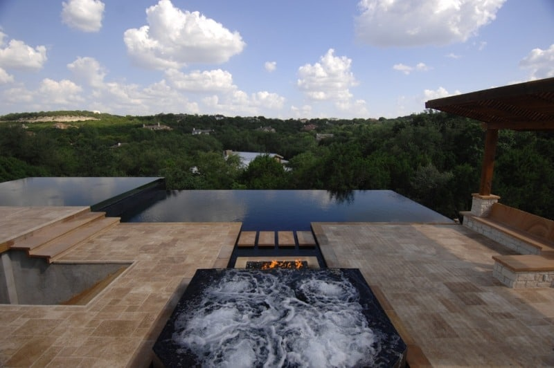 Pool by Austin General Contractors Da Vida Pools