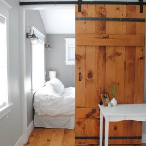 Rustic bedroom door 285x285 Bring Some Country Spirit to Your Home With Interior Barn Doors
