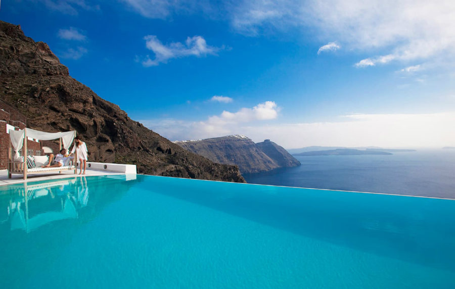 22 incredible infinity pools that are calling your name - Santorini infinity pool ...