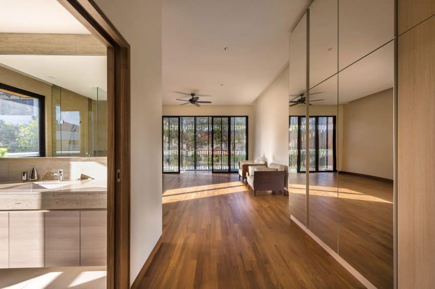 Screens create a beautiful accent in the interior design