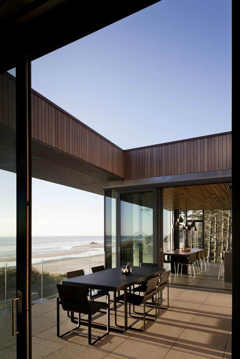 Sky patio divides different blocks of the house