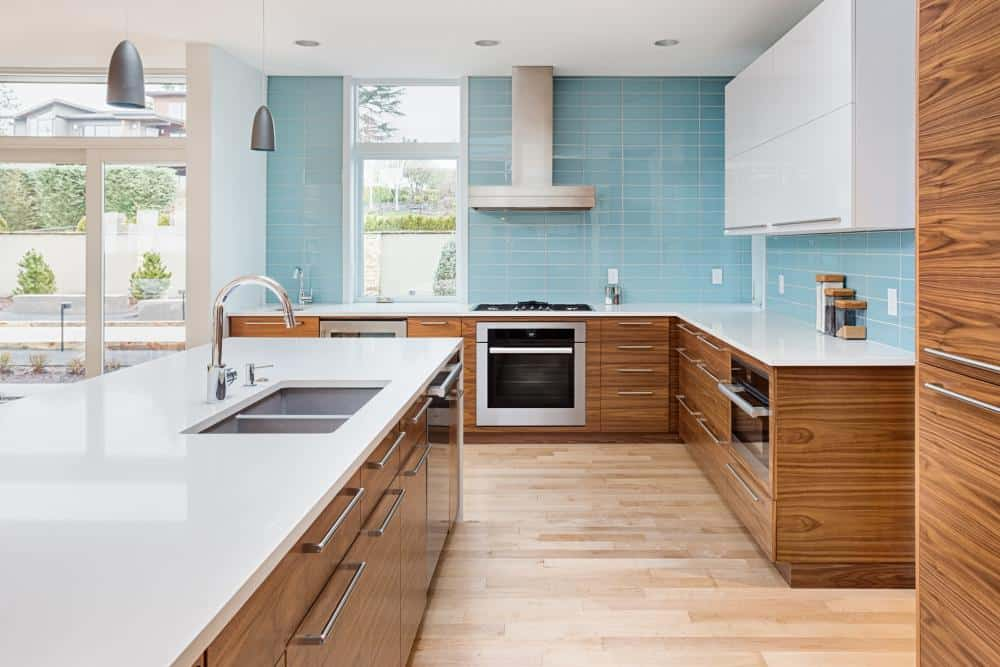 Two Tone Cabinets – White and Rich Wood