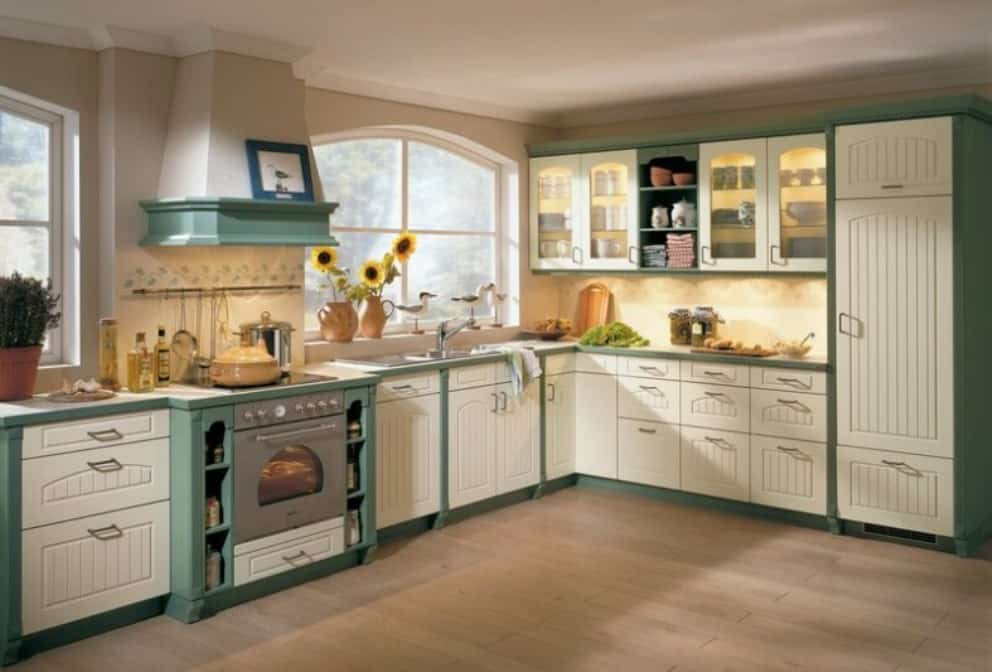 Two-tone-kitchen-cabinets-grey-and-white