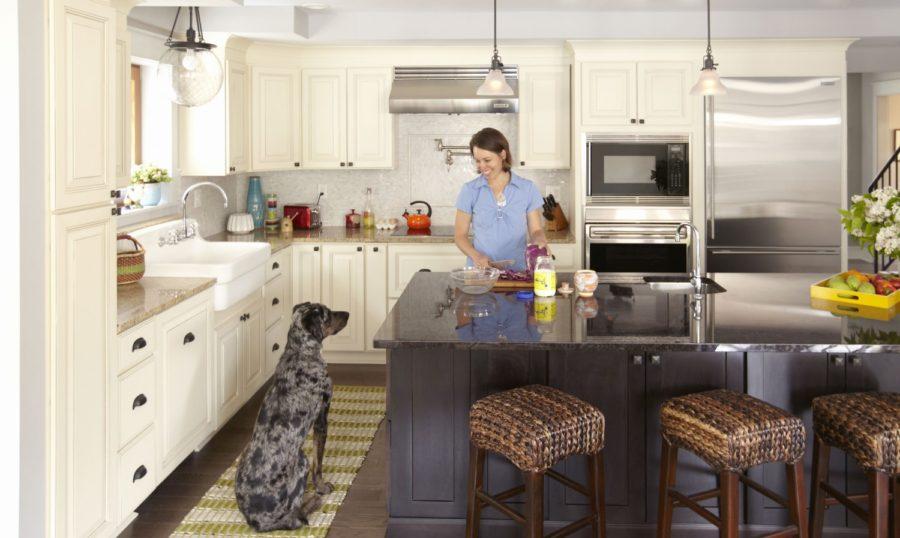 carlton-painted-linen-glaze-cabinets-oa-5203-e1432762424982