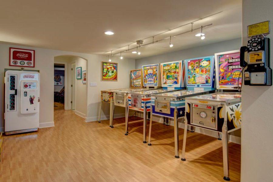 Basement game room by Olivier Goedert