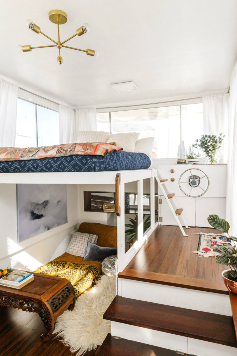 Boat bedroom