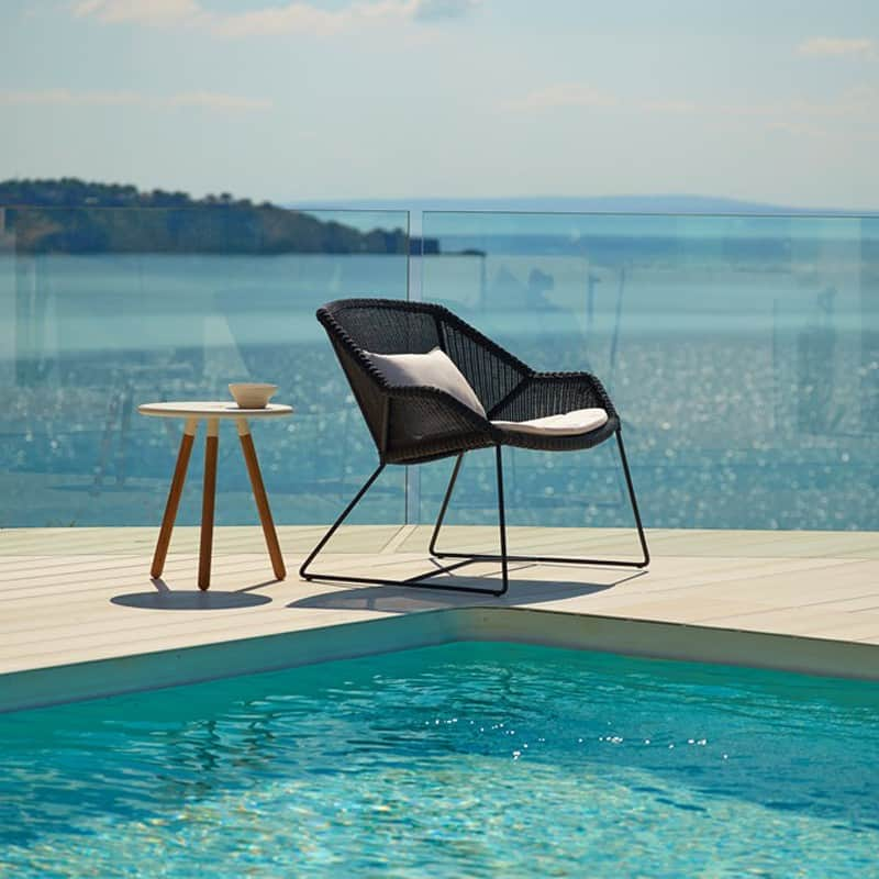 View In Gallery Breeze Lounge Chair