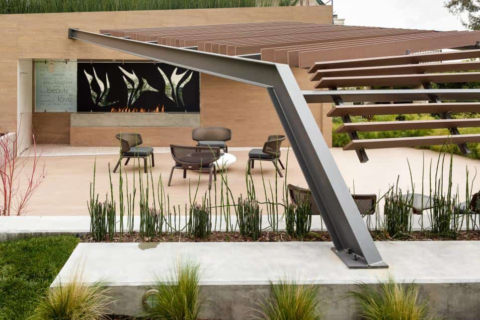 Charles Debbas Euclid Garden patio