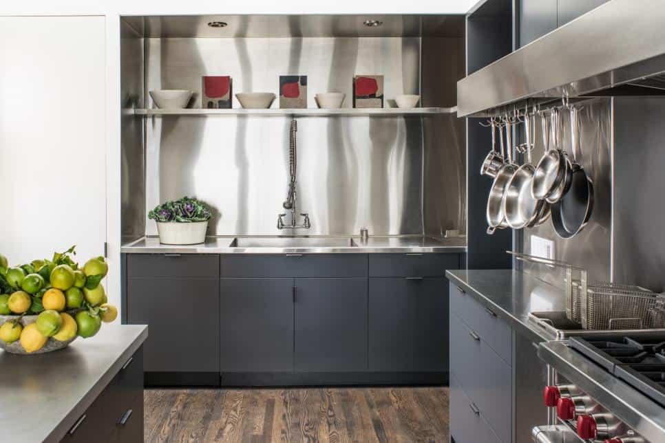 Chef's kitchen by Antonio Martins