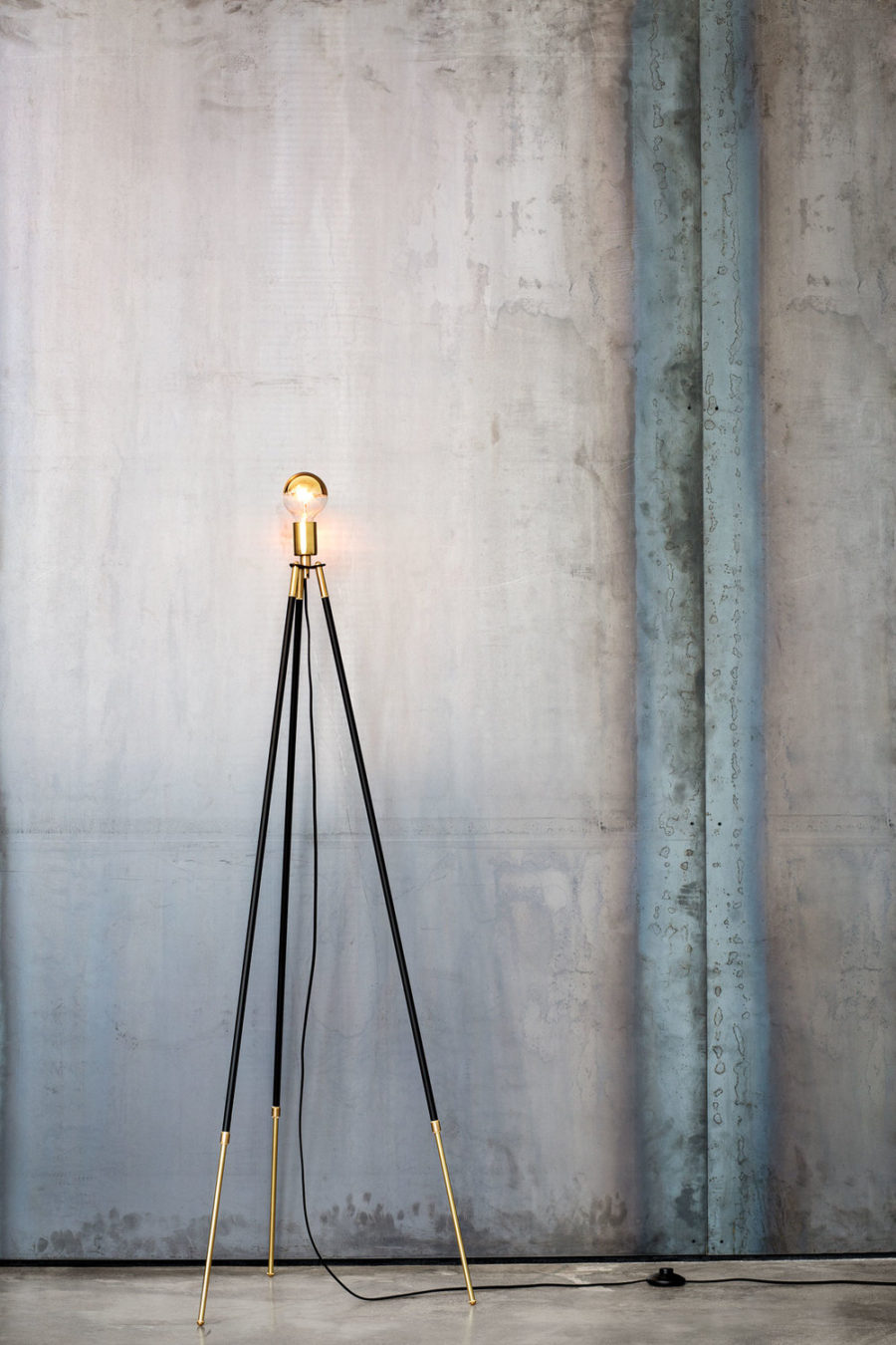 25 absolutely not boring tripod floor lamp designs view in gallery cliff tripod floor lamp by lambert fils solutioingenieria
